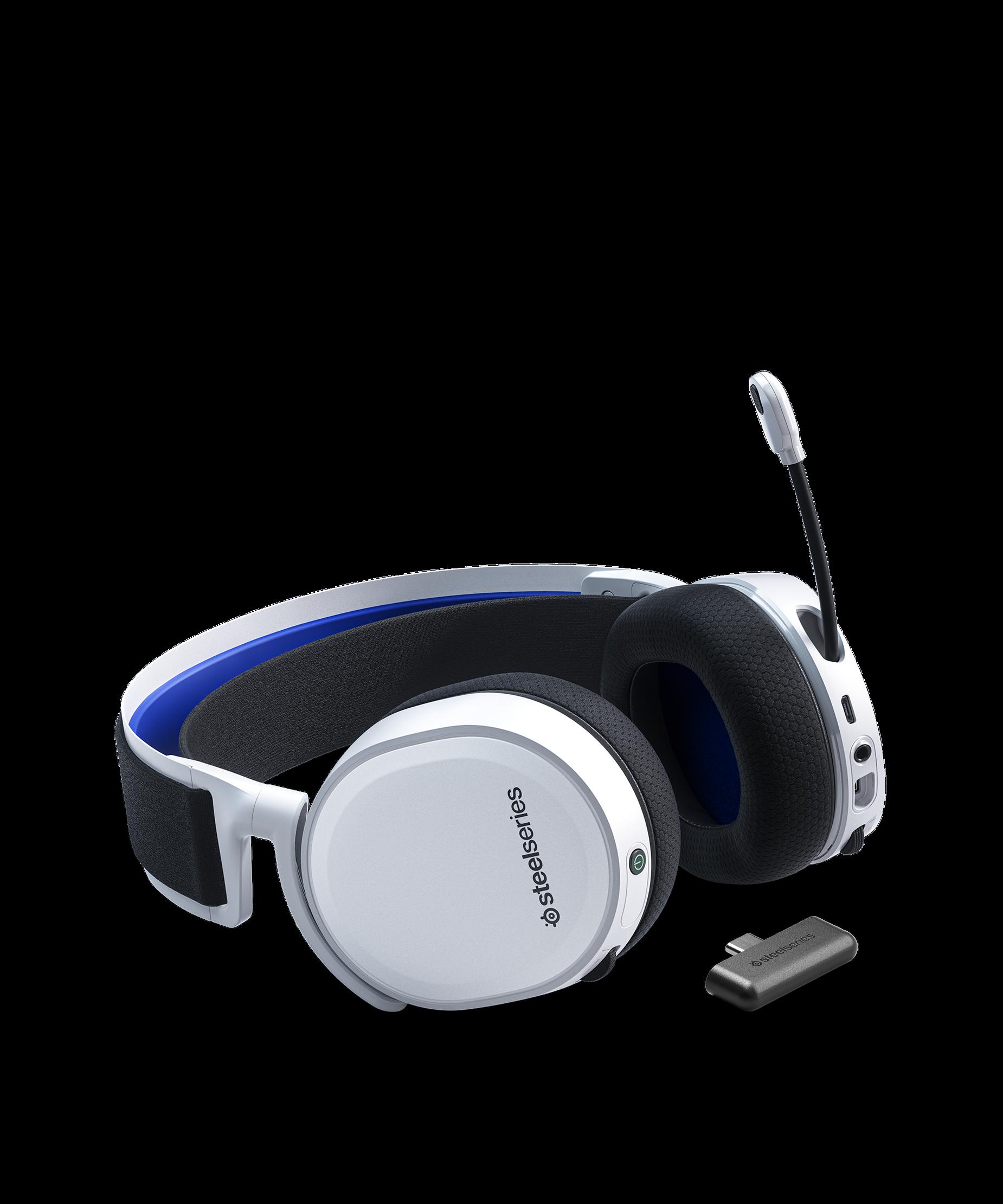 Arctis 7P耳機平放且 clearcast 麥克風呈現打開的位置