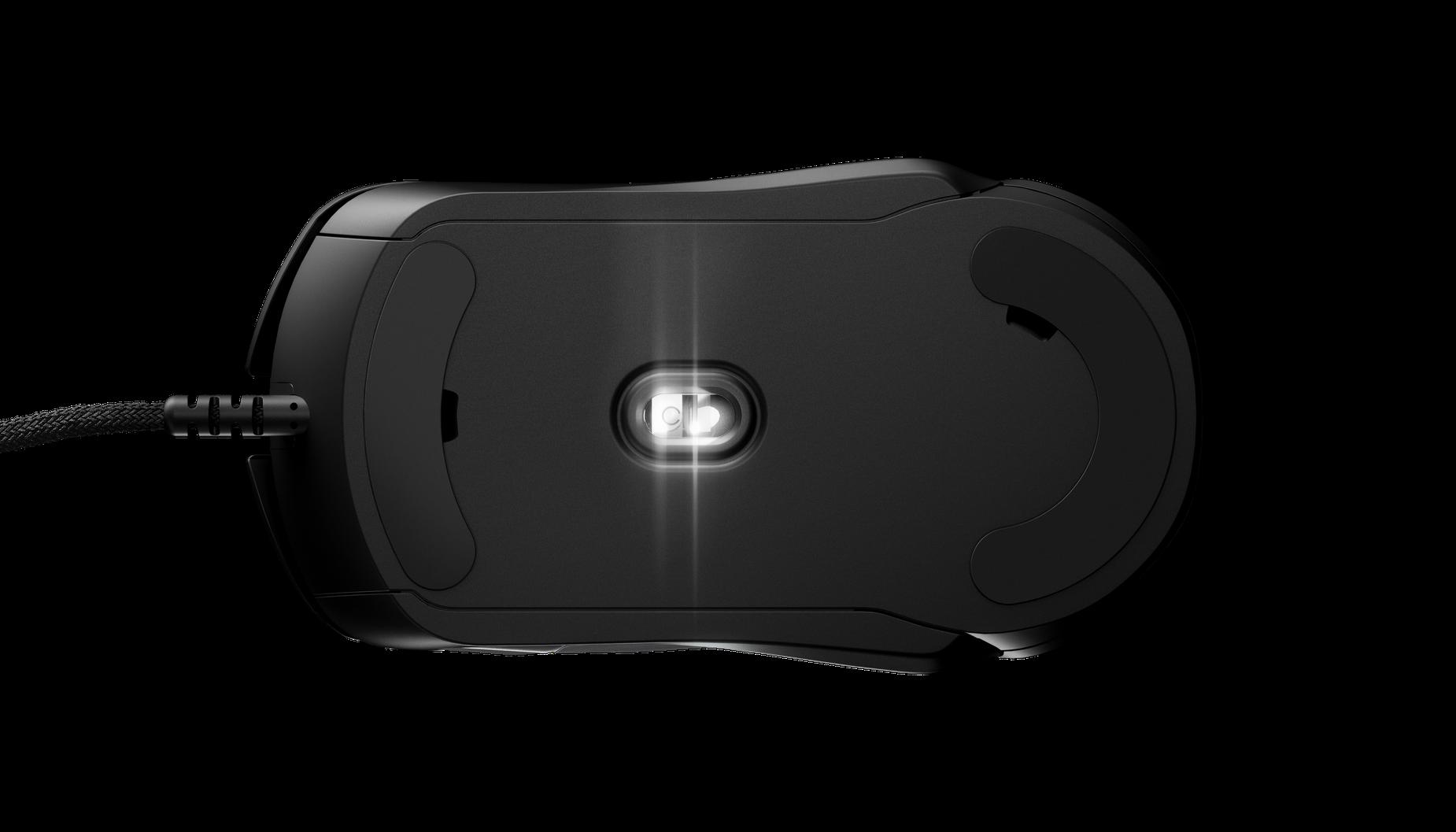 Rival 5 遊戲滑鼠的底部展示滑動滾輪及 TrueMove 感應器。
