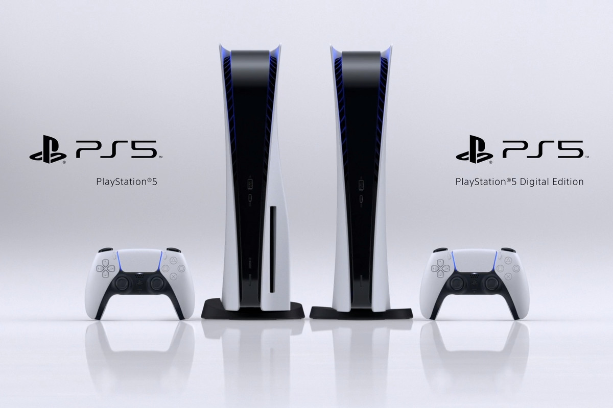 Both editions of PlayStation 5 side by side, including the Standard Edition on the left and Digital Edition on the right.