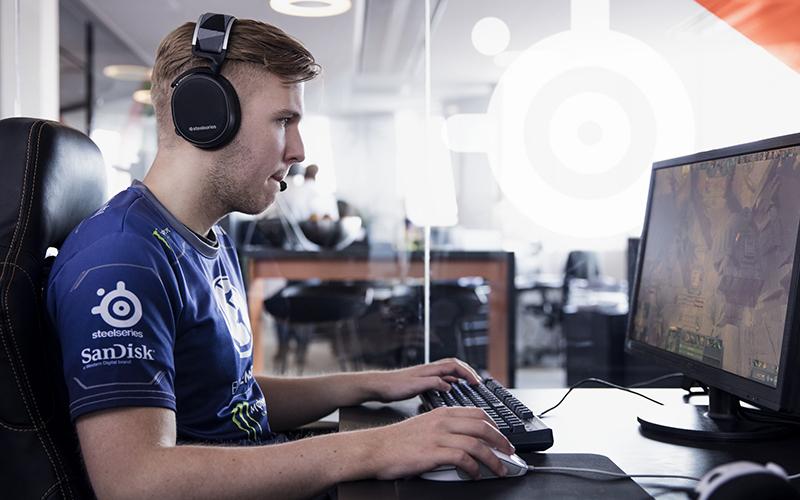 """Andreas """"Cr1t-"""" Nielsen - Steelseries HQ - Denmark"""