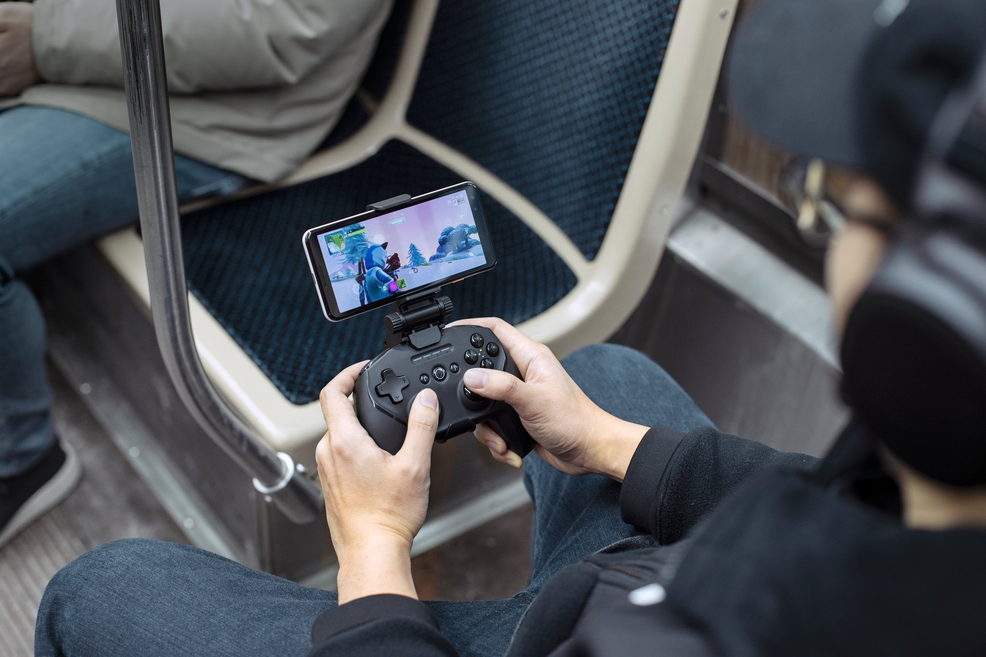 Fortnite Mobile Announces Controller Support Steelseries