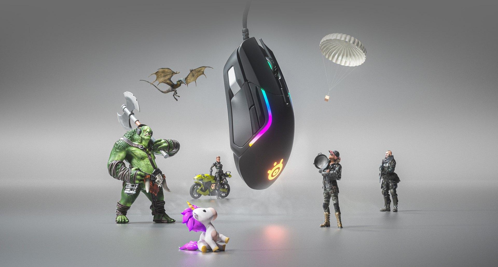 Lars-peikko ja eri hahmot kokoontuvat yläpuolella leijuvan suuren Rival 5 -hiiren kohdalle.