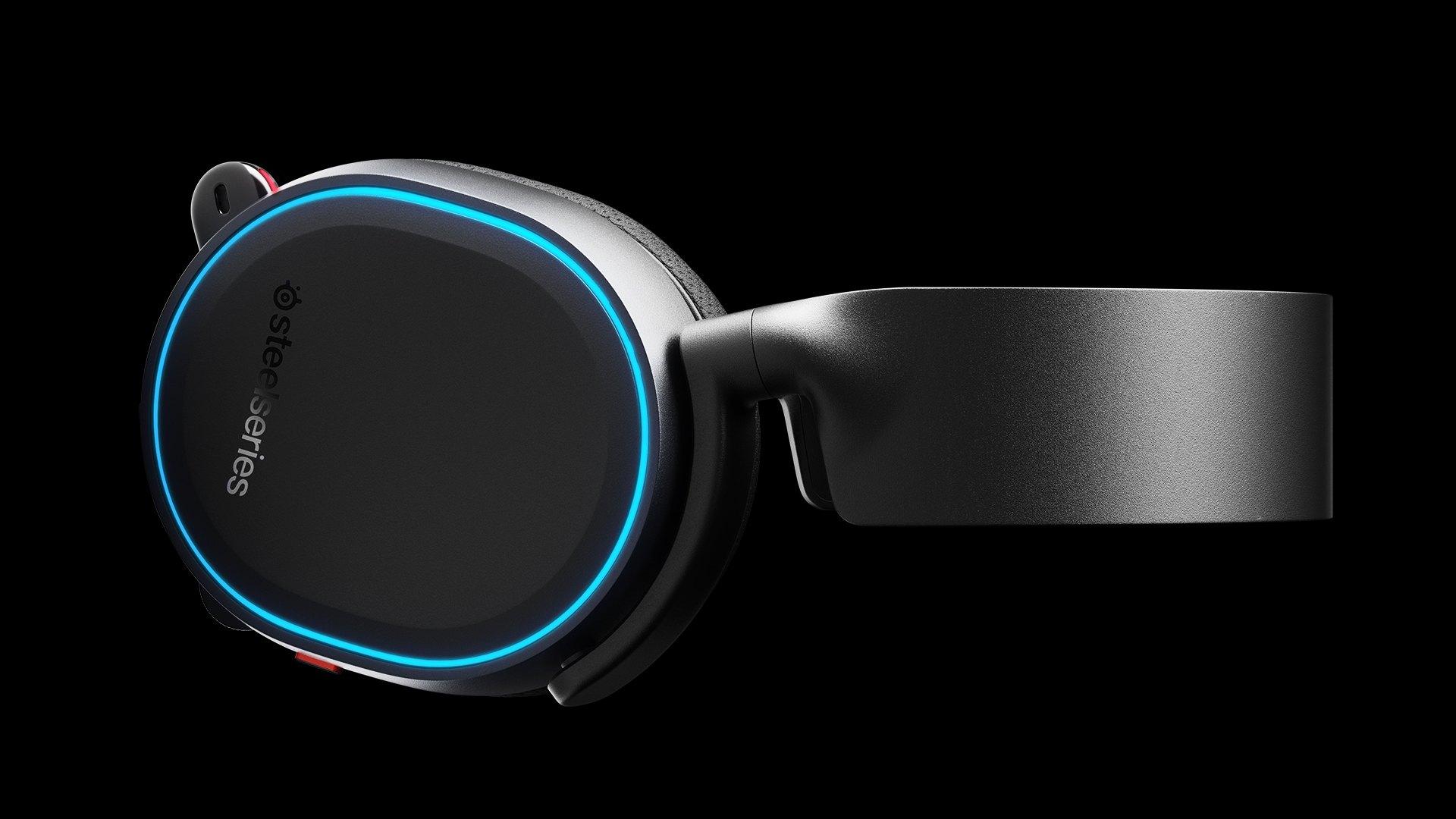 耳機水平渲染,以耳機水平渲染,以拉長畫面長度
