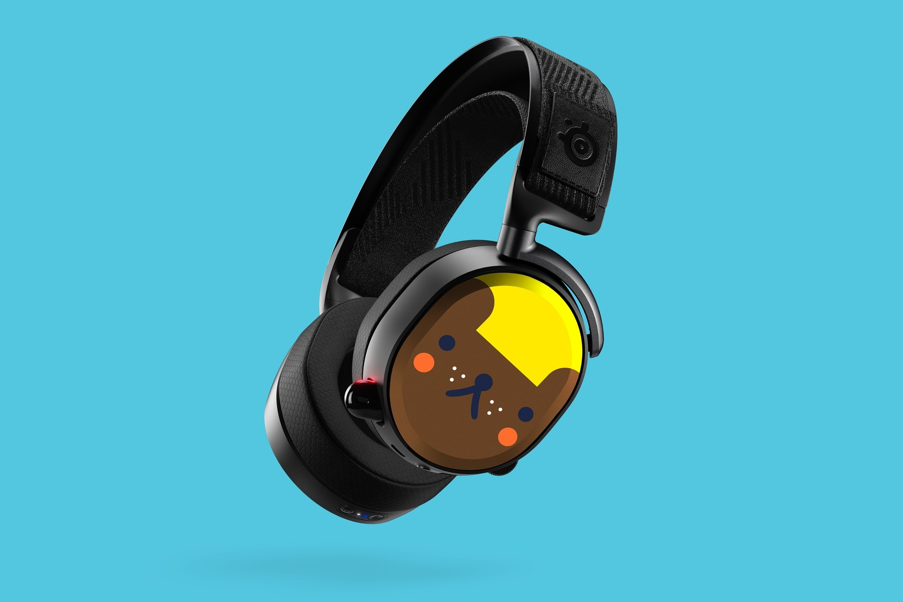 Full headset render with Michelle Romo graphics on the speaker plates