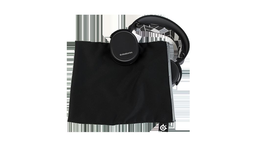 SteelSeries製Arctisキャリーバッグ。