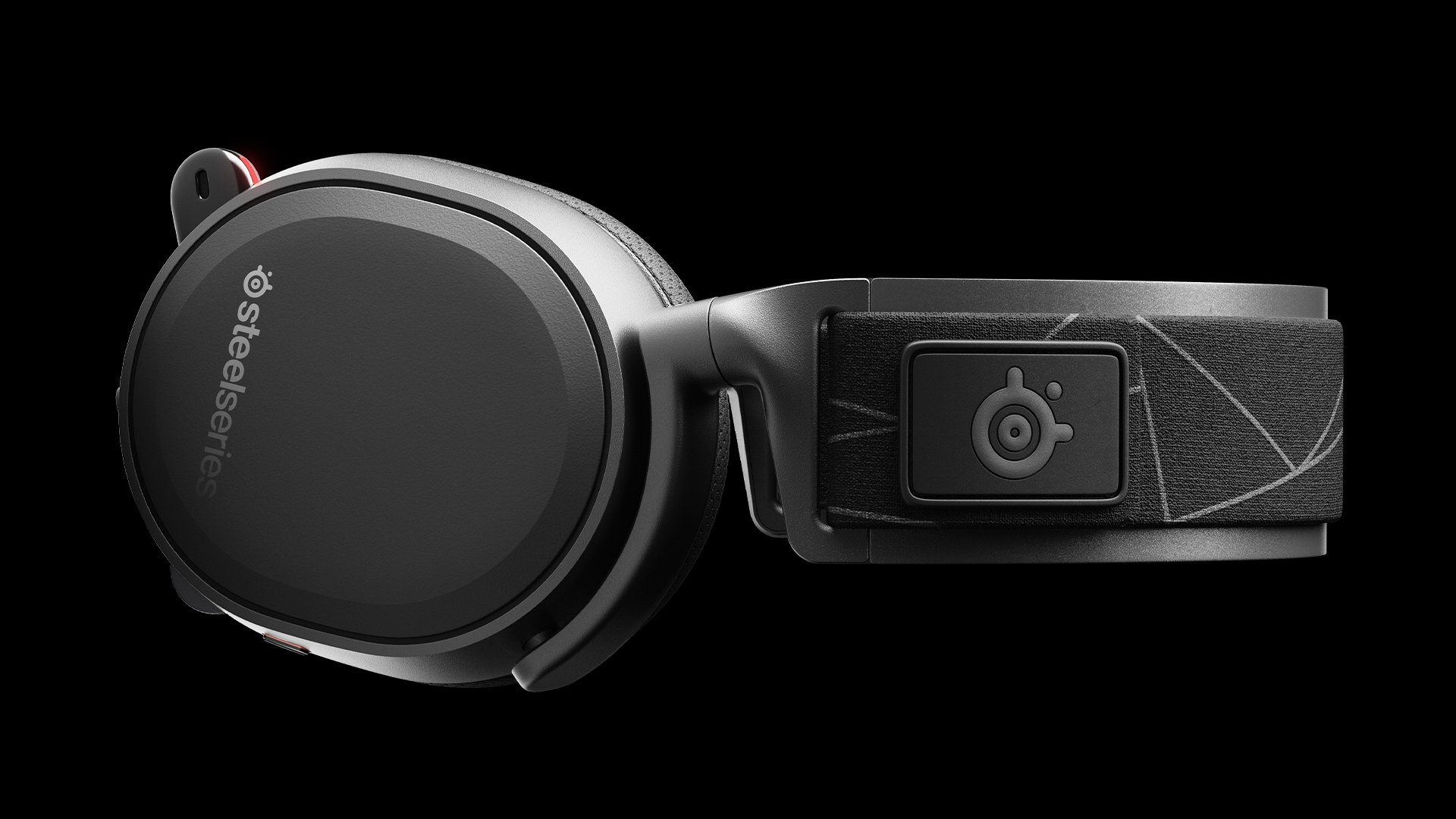 Arctis headset horizontally from close view