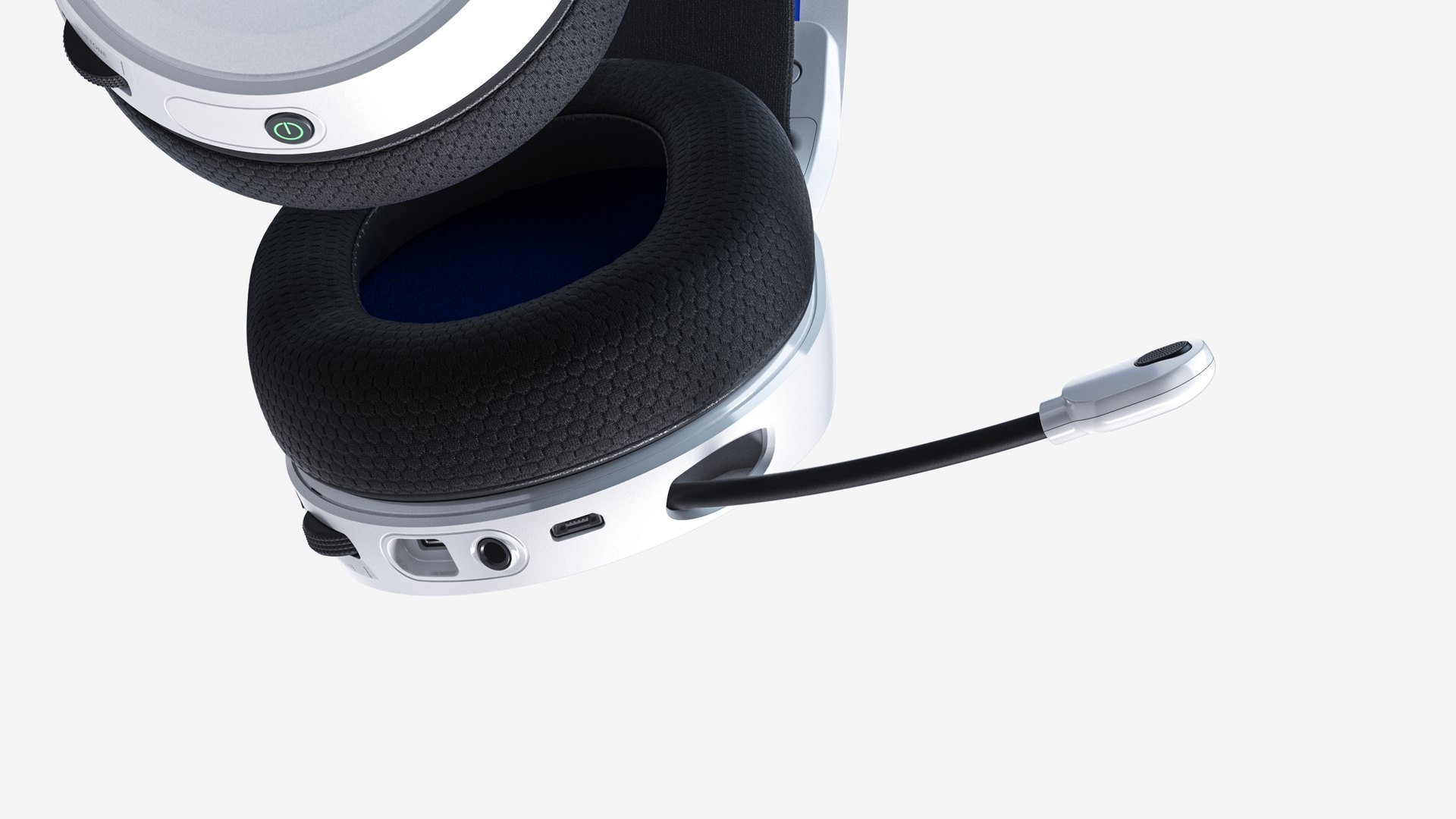 Bottom of the Arctis 7P headset showing the lower controls and the extended microphone