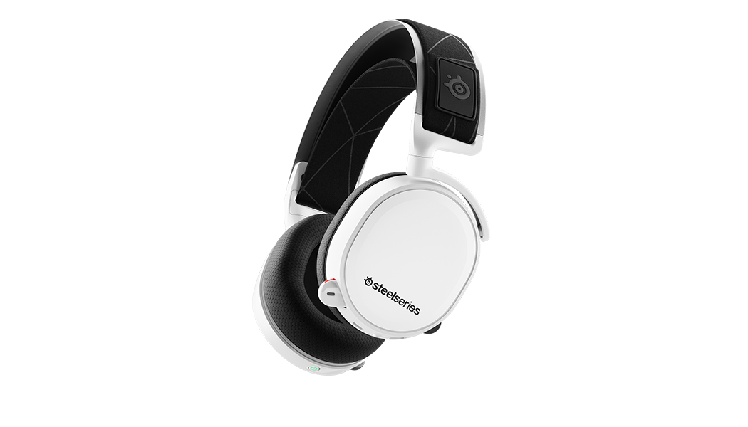 Render of an Arctis 7 white viewed from an angle